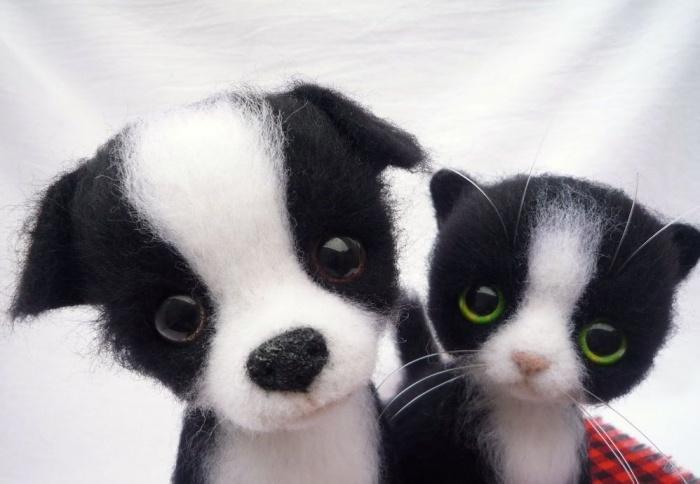 Валяные щенок и котенок