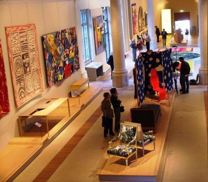 Выставочный зал гобеленов в Париже
