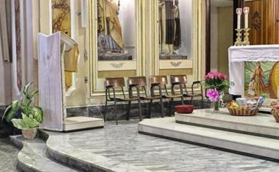 Собака каждую неделю ходит в церковь. История о верности